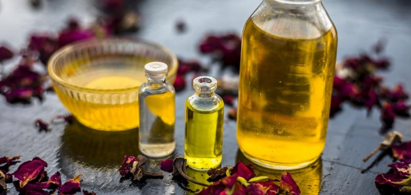 tea tree oil ve skle