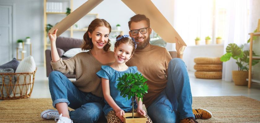 spokojená rodina muž žena a dítě