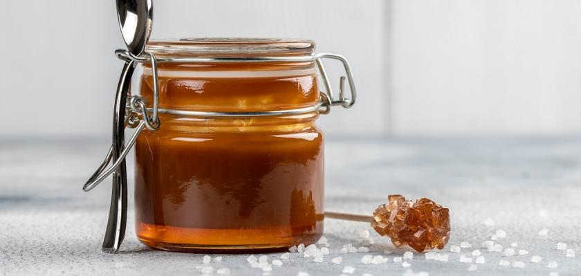 karamel a cukr