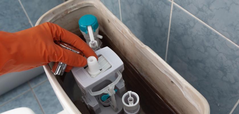 oprava záchoda