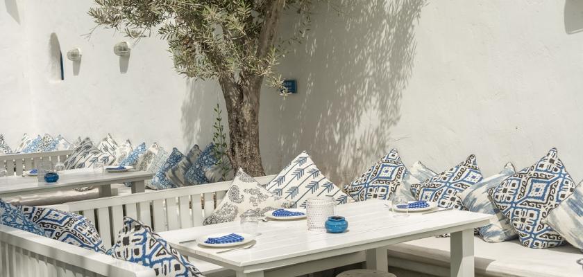 zahrada v řeckém stylu