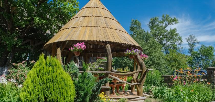safari altán na zahradu