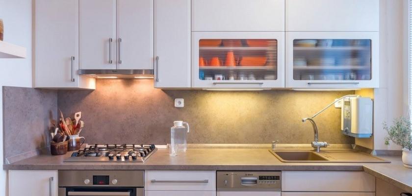 I Malá Kuchyně Dokáže Nabídnout Dostatek Prostoru Stačí