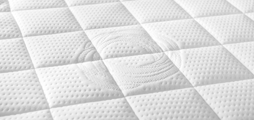 bílá matrace