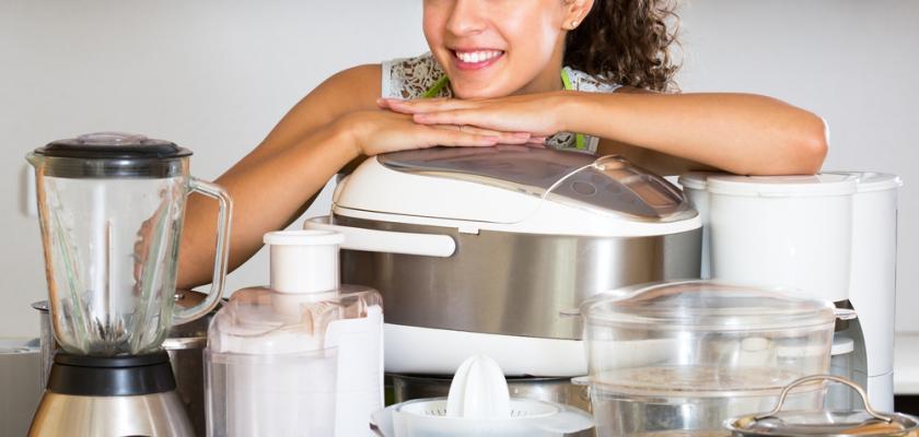 multifunkční kuchyňský robot