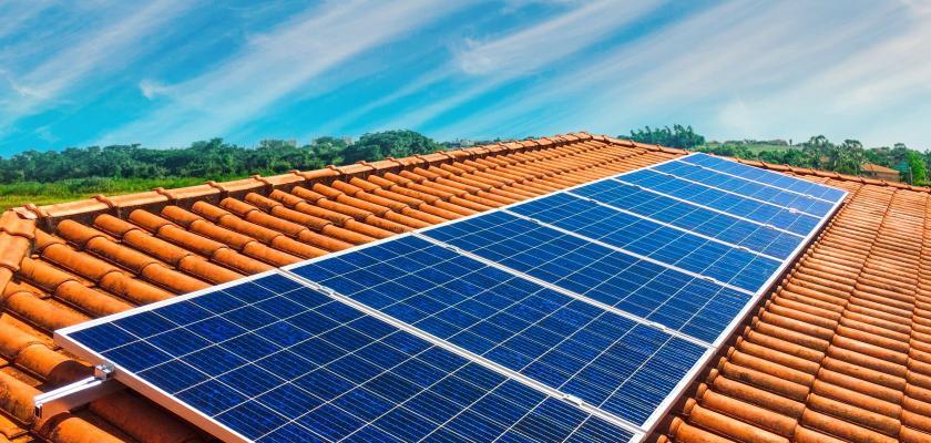 vlastní fotovoltaická elektrárna PR