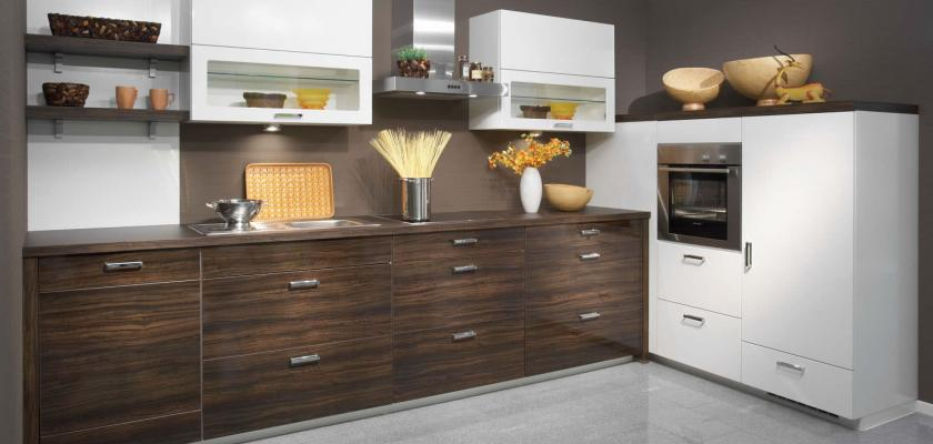Interiéry obrazem: Kam se hodí kuchyně do L