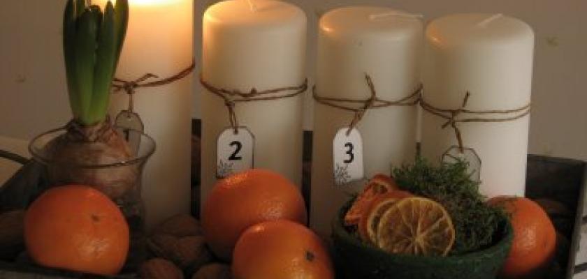 Adventní věnce: Svíčky zapalujte proti směru hodinových ručiček a vsaďte na