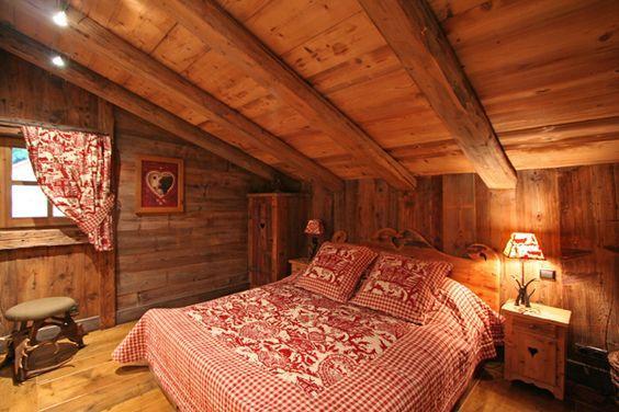 ložnice v alpském stylu