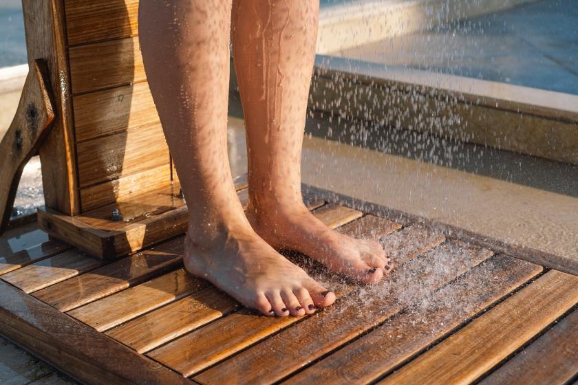 sprcha na nohy