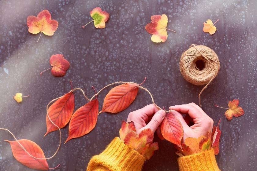 girlanda z listí