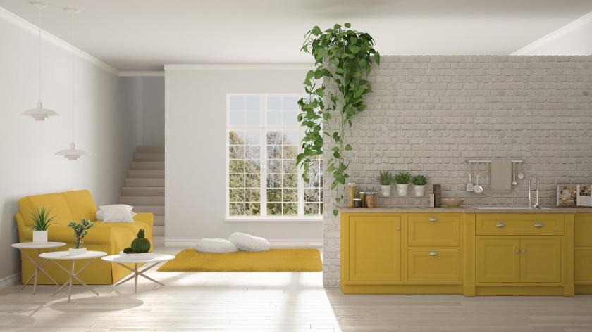 skandinávský styl bydlení ve žluté