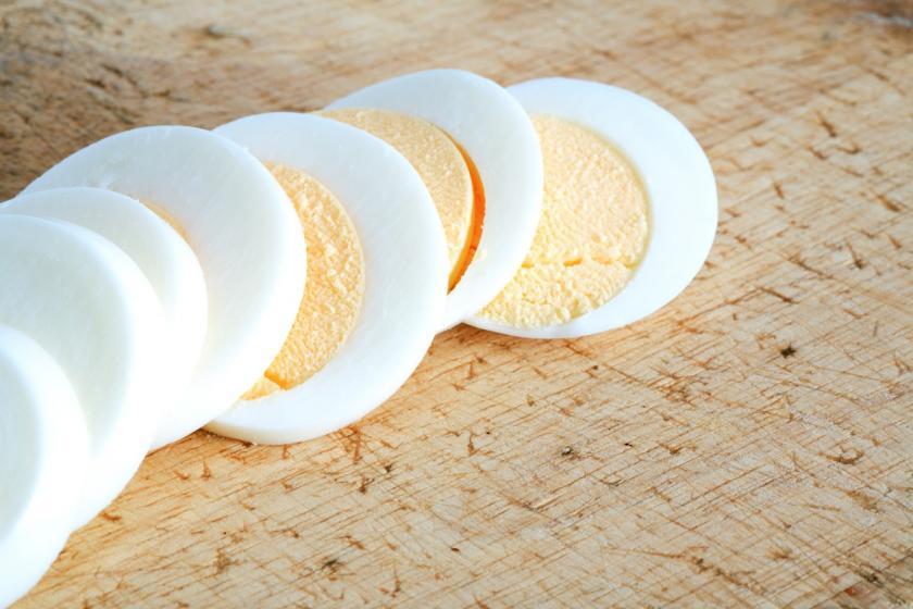 vejce natvrdo