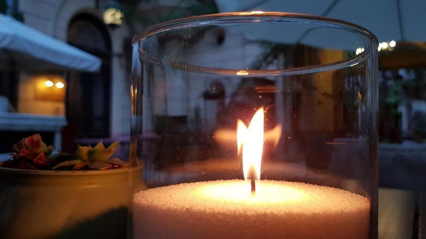 plamínek svíčky