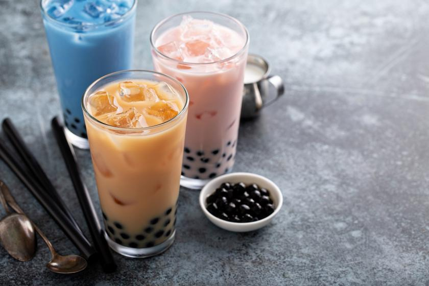 růžový bubble tea