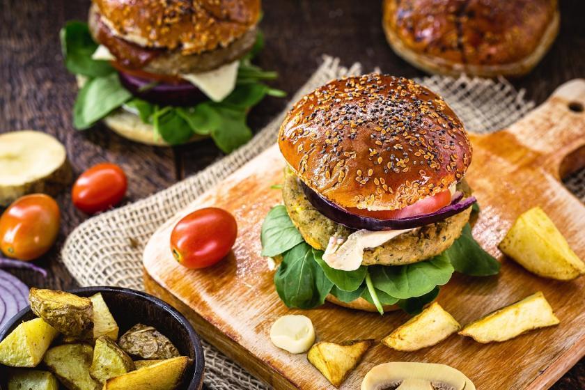 vegetariánský hamburger