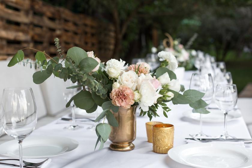 mosazná váza
