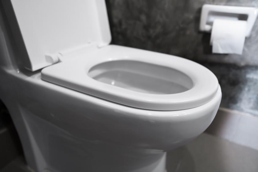 dětský olej do záchodu