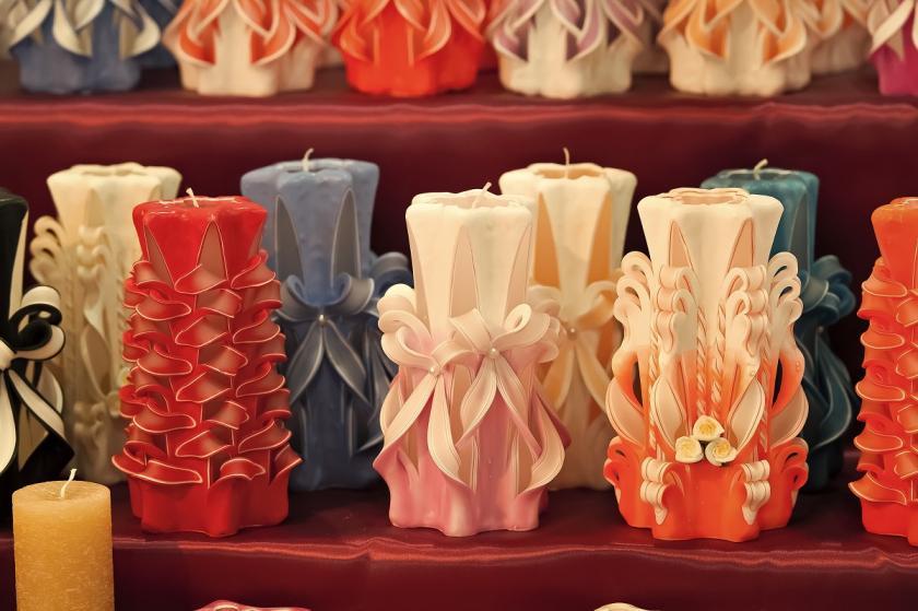 vyřezávané svíčky