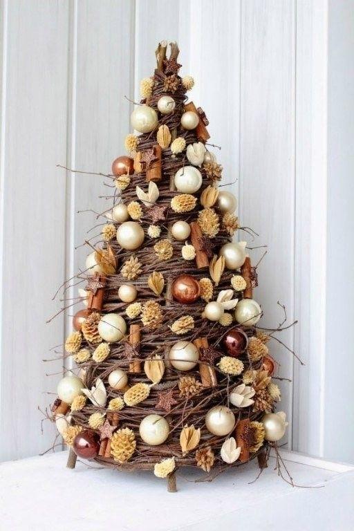 vánoční stromek z proutí