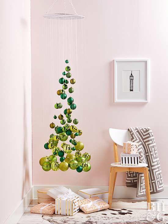 levitující vánoční stromek