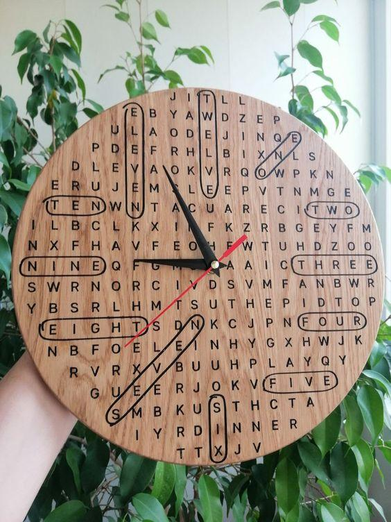hodiny osmisměrka