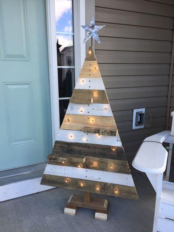 vánoční stromek z prken